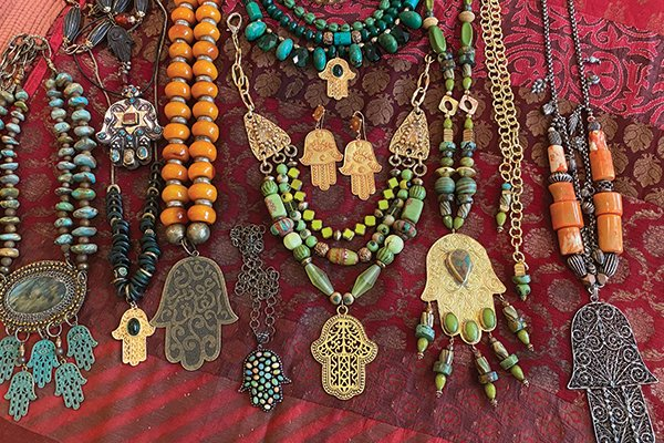 hamsa-necklaces-serrahna